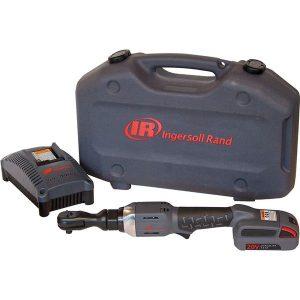Ingersoll Rand R3130EU-K1 Räikkäväännin sis. 1,5 Ah:n akun ja laturin